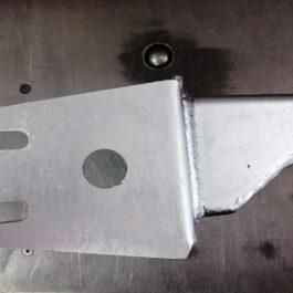 Obniżone mocowanie panharda Jeep XJ